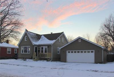 Royal Oak Single Family Home For Sale: 1512 McLean Avenue