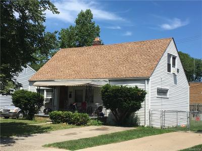 Hazel Park Single Family Home For Sale: 1121 E Goulson Avenue