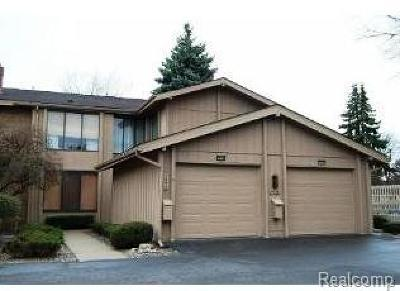 West Bloomfield Twp MI Condo/Townhouse For Sale: $179,900