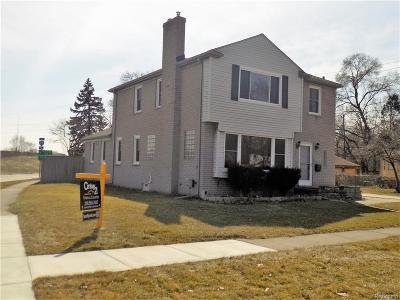 Royal Oak Single Family Home For Sale: 2510 Dallas Avenue