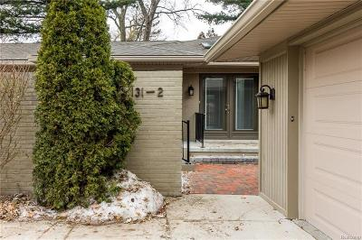 Bloomfield Hills Condo/Townhouse For Sale: 131 E Long Lake Road #2
