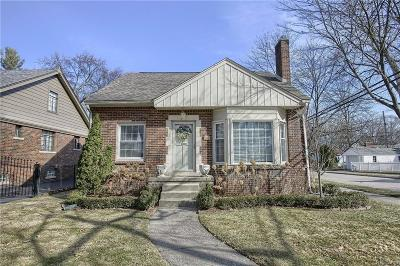 Royal Oak Single Family Home For Sale: 1200 Edgewood Drive