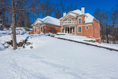 City Of The Vlg Of Clarkston, Clarkston, Independence Twp Single Family Home For Sale: 5006 Forest Valley Dr