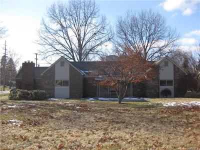 Livonia Single Family Home For Sale: 14221 Newburgh Road