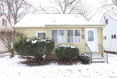 Oakland County Single Family Home For Sale: 26432 Osmun Street