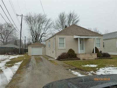 Brownstown Twp Single Family Home For Sale: 15740 Lee Road