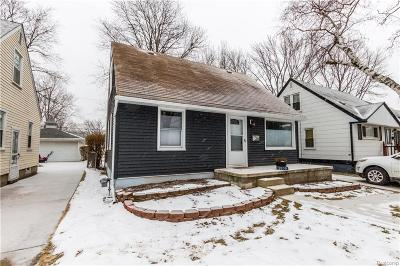 Royal Oak Single Family Home For Sale: 3030 Prairie Avenue