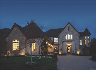 Bloomfield Twp Single Family Home For Sale: 3770 Wabeek Lake Drive E