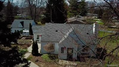 Livonia Single Family Home For Sale: 14361 Newburgh Road