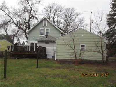 Lansing MI Single Family Home For Sale: $74,000