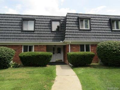 Waterford, Waterford Twp Condo/Townhouse For Sale: 1830 Colonial Village Way