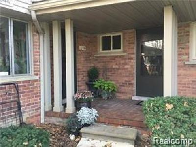Bloomfield, Bloomfield Hills, Bloomfield Twp, West Bloomfield, West Bloomfield Twp Condo/Townhouse For Sale: 1044 Stratford Lane
