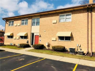 Plymouth Condo/Townhouse For Sale: 1199 S Sheldon J71 Road #J71