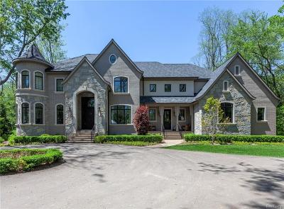 Bloomfield Twp Single Family Home For Sale: 4920 Dryden Lane