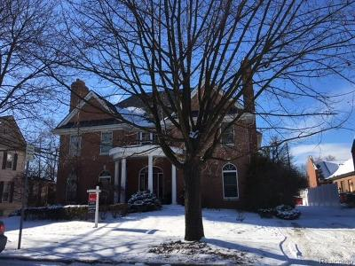 Rochester Single Family Home For Sale: 517 Oak Street