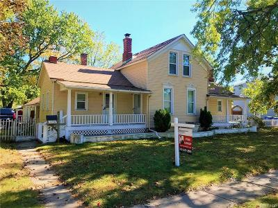 Dearborn Heights Single Family Home For Sale: 7730 Grayfield Street