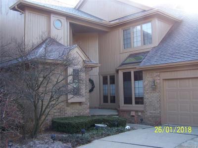 Condo/Townhouse For Sale: 13600 Eaton Drive