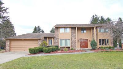 Farmington Hills Single Family Home For Sale: 36965 Fox Glenn