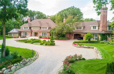 Bloomfield Hills Single Family Home For Sale: 62 Pine Gate Drive