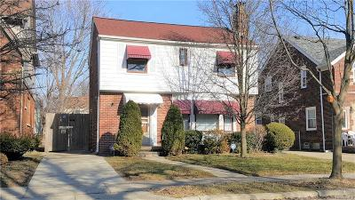 Detroit Single Family Home For Sale: 4320 Yorkshire Road