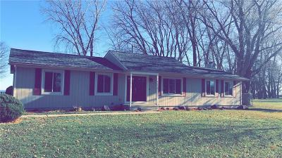 Brownstown Twp Single Family Home For Sale: 35809 Erie Drive