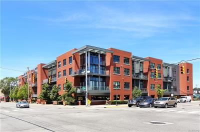 Royal Oak Condo/Townhouse For Sale: 111 N Main Unit 310 Street