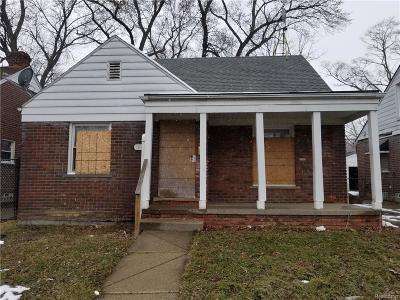Detroit Single Family Home For Sale: 18621 Ferguson Street