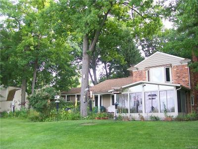 Waterford Single Family Home For Sale: 2450 Ostrum Drive