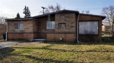 Oak Park Single Family Home For Sale: 14511 Bishop Street