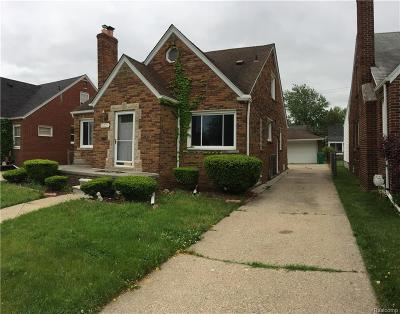 Eastpointe MI Single Family Home For Sale: $100,000