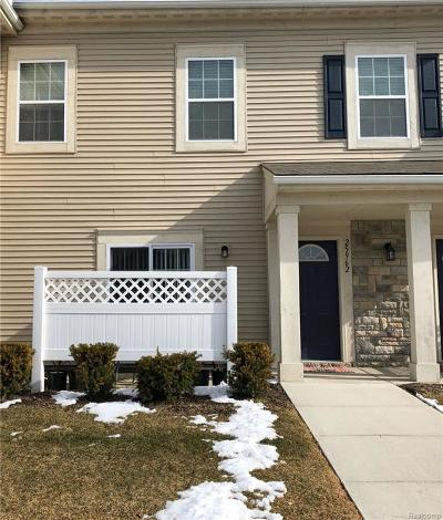 Harrison Twp Condo/Townhouse For Sale: 25962 S Maritime Circle