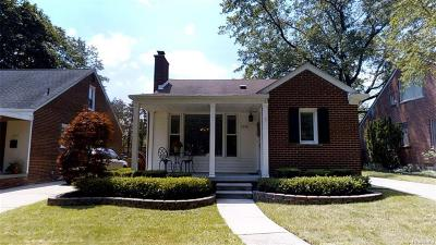 Birmingham MI Single Family Home For Sale: $275,000