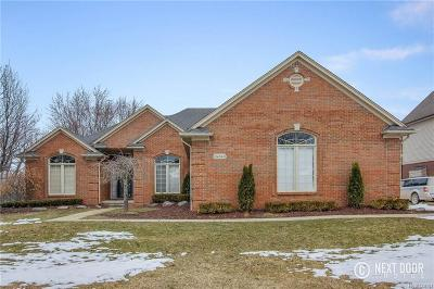 Washington Twp Single Family Home For Sale: 6241 Parliament