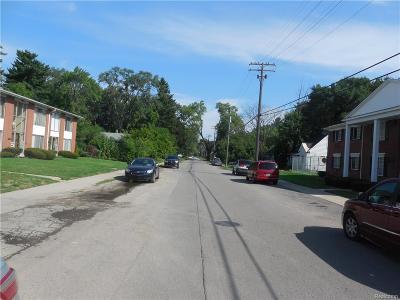 Detroit Condo/Townhouse For Sale: 19160 Winston Street #220