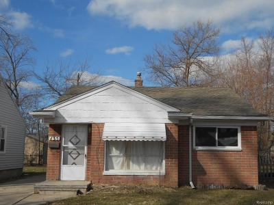 Madison Heights Single Family Home For Sale: 135 E Brockton Avenue