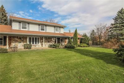 Washington Twp Single Family Home For Sale: 6211 West Road