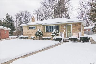 Redford Twp Single Family Home For Sale: 9150 Lucerne