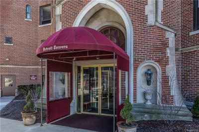 Detroit Condo/Townhouse For Sale: 8162 E Jefferson Avenue #12A