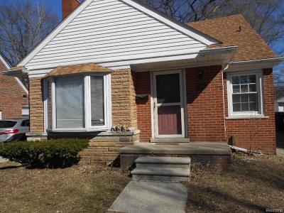 Dearborn Single Family Home For Sale: 1510 N Silvery Lane