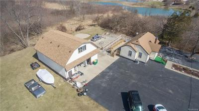Brownstown, Brownstown Twp Single Family Home For Sale: 14920 Lee Road