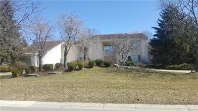 Bloomfield Twp Single Family Home For Sale: 1818 Doral Court