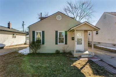 Berkley Single Family Home For Sale: 3630 Royal Avenue