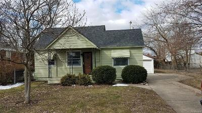 Eastpointe Single Family Home For Sale: 23753 Rausch Avenue
