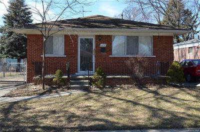 Dearborn Heights Single Family Home For Sale: 4442 Mayfair