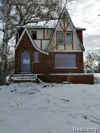 Detroit Single Family Home For Sale: 15800 Cherrylawn Street