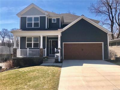 Rochester Single Family Home For Sale: 703 Quarter Street