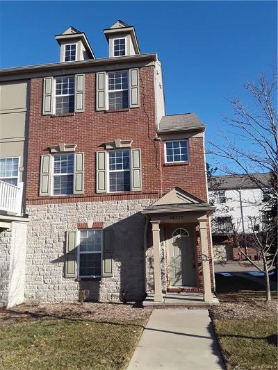 Novi Condo/Townhouse For Sale: 44715 Ellery Lane #73