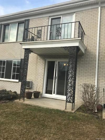 Bloomfield Twp Condo/Townhouse For Sale: 100 W Hickory Grove Road #2