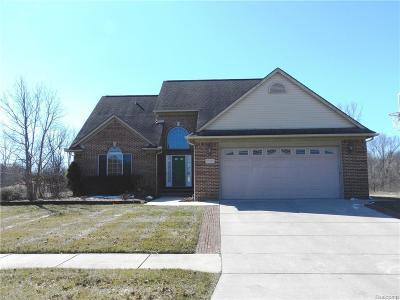 Single Family Home For Sale: 47695 Bentley Drive