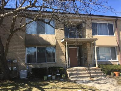 Southfield Condo/Townhouse For Sale: 25665 Lahser Road #1